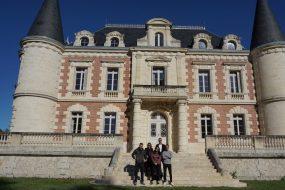 Winetasting in Medoc castles